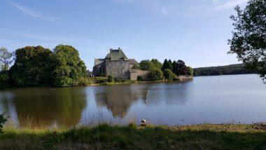 étang de l'abbaye de Paimpont, Brocéliande, Ille-et-Vilaine, Bretagne