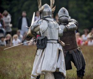 Combat de chevaliers - Centre de l'Imaginaire Arthurien