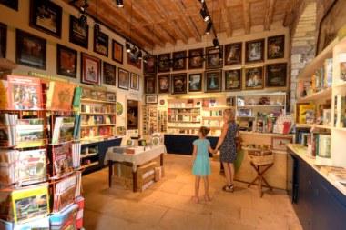 Librairie Centre imaginaire Arthurien