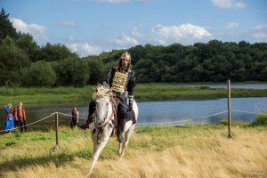 Devenir chevalier d'Arthur - Porte des secrets et Centre de l'Imaginaire Arthurien