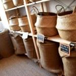 l'Hermine et l'Ajonc épicerie herboristerie Paimpont @OTBroceliande