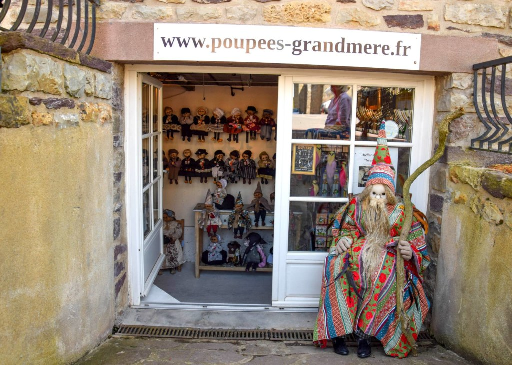 Poupées grand-mères boutique @OTBrocéliande