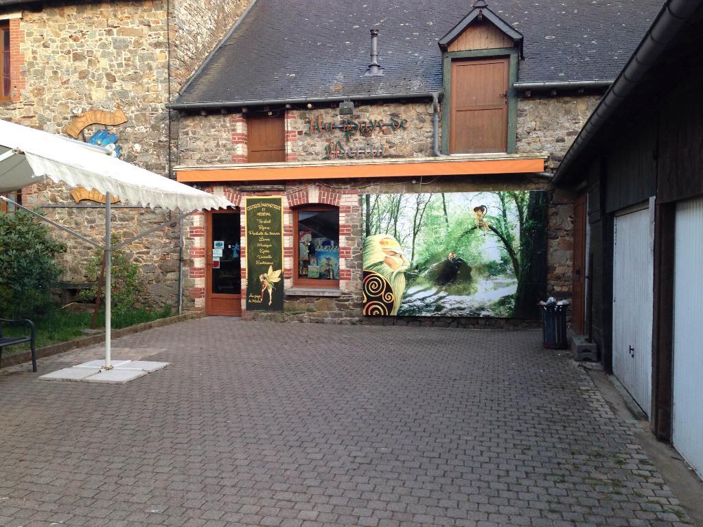 Au Pays de Merlin - Paimpont - Office de Tourisme de Brocéliande