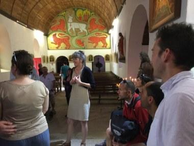 Marie Tanneux - Visite de l'église du Graal