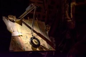 La table de travail de Pierre, la Porte des Secrets